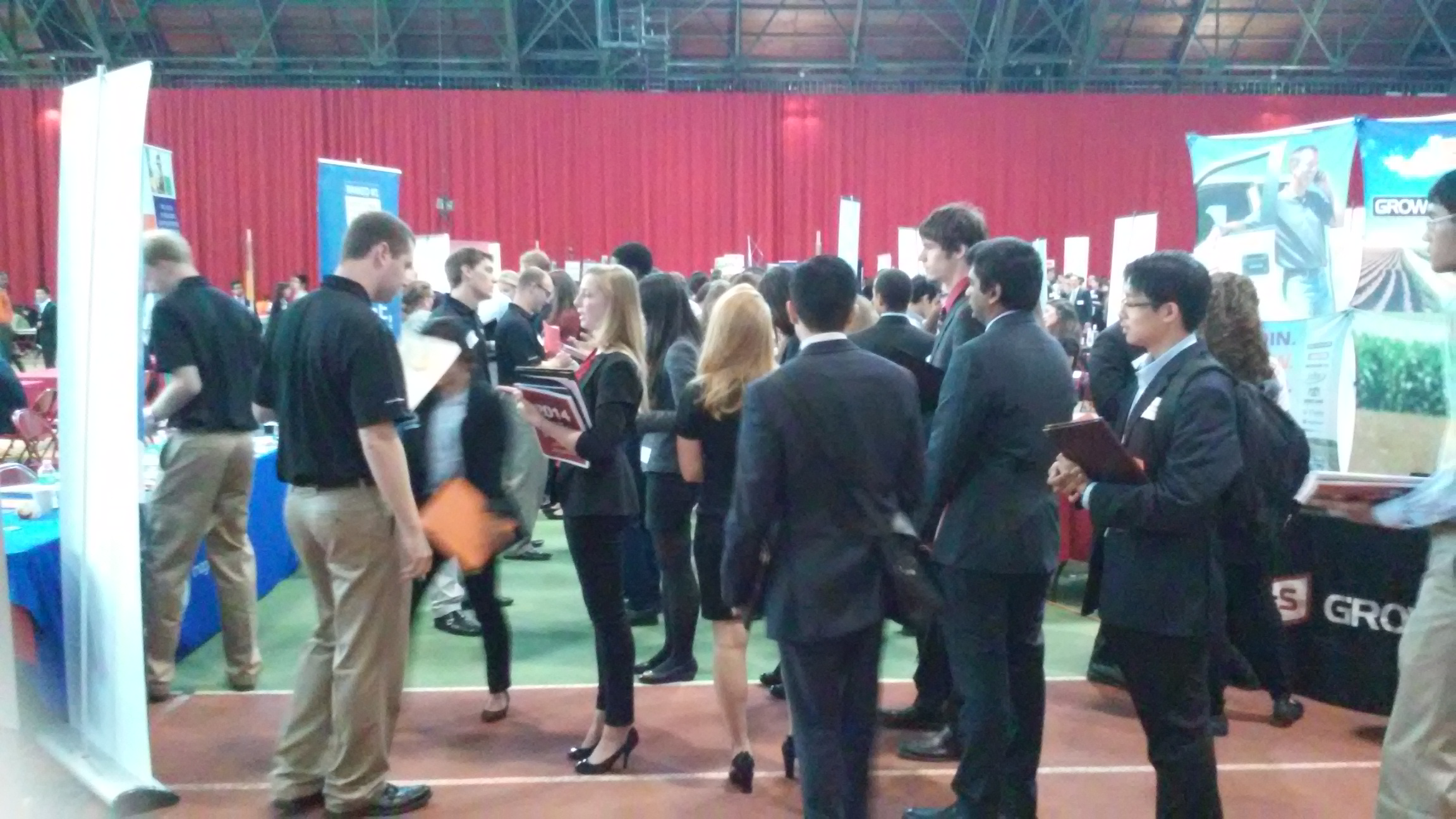 First 150 Entrants to Career Fair to Get T-Shirt, Fulfilling