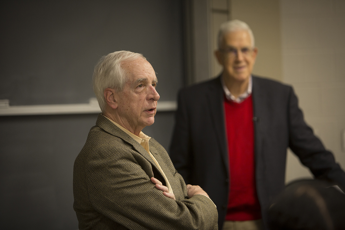 "Rawlings addresses Ron Ehrenberg's class ""Economics of the University."""